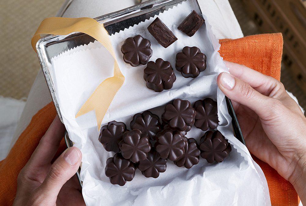 CHOCOLATES RELLENOS DE NARANJA